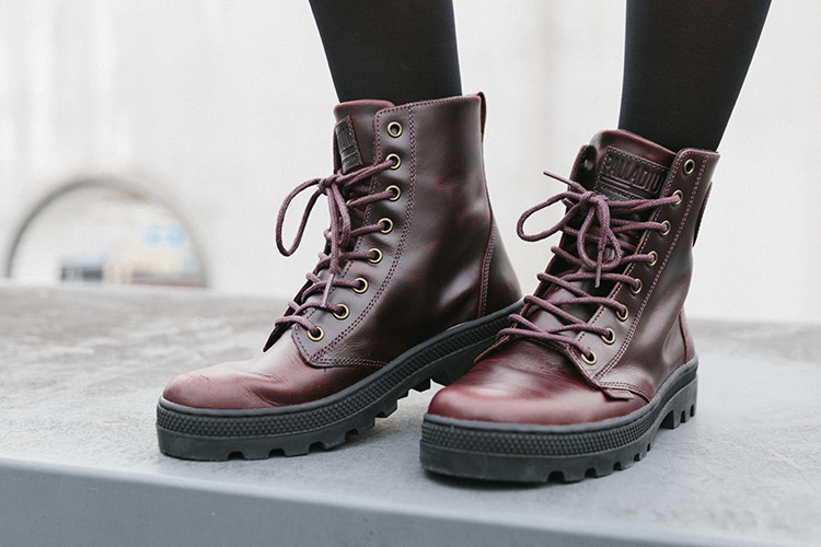 Damen Boots Pallabosse Off Lea in braun-rot