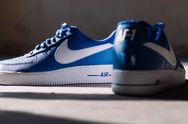 Nike Air Force 1 07' LV8 Game in königsblau
