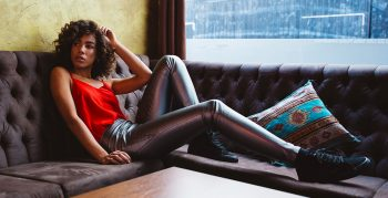 1 Teil 3 Looks mit der Slim Metal Leggings