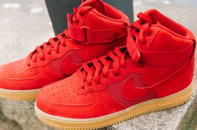 Basket Air Force 1 High 07 LV8 en rouge