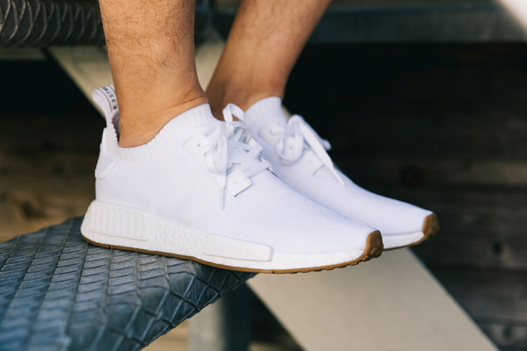 adidas-NMD-R1-blanches