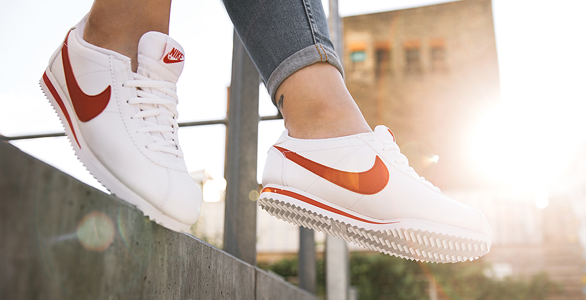 nike cortez rood dames